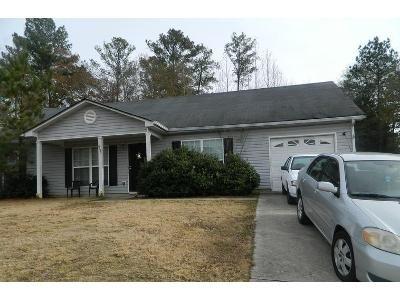 3 Bed 2 Bath Foreclosure Property in Atlanta, GA 30349 - Topaz Trl