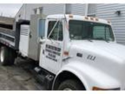 1999 International 4700 Truck in Yorktown Heights, NY