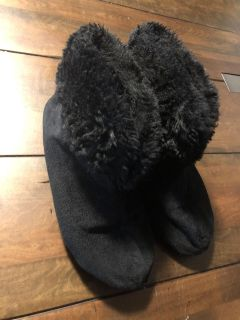 Size 7-8 slippers