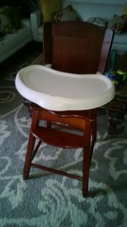 high chair excellent condition