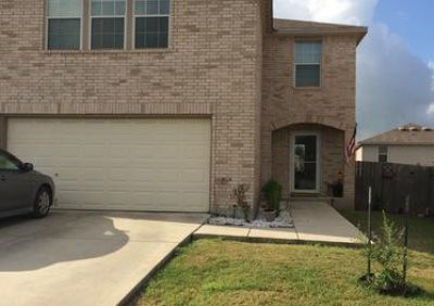4br, Beautiful 2.5 bath single family house for Rent.