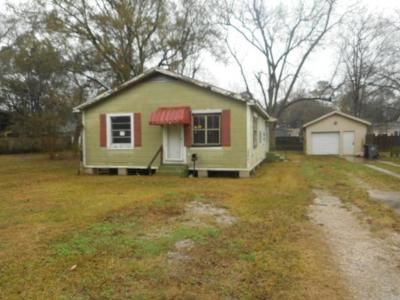 2 Bed 2 Bath Foreclosure Property in Baton Rouge, LA 70805 - Sherwood St