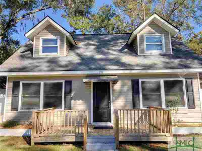 191 Island Drive Midway, Lake front home. Four BR/Two BA