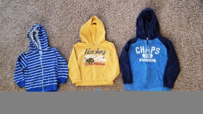 Boys size 5 and 6 sweatahirts