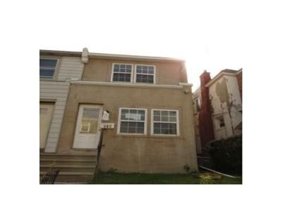 3 Bed 1 Bath Foreclosure Property in Lansdowne, PA 19050 - Park Pl