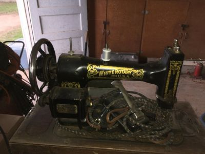 White Rotery sewing machine