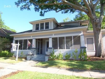 Heart of Old NE! Newly Renovated 1/1 w/Screened Porch and Office