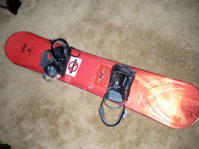 "Morrow Dimension ""Rail 2"" Snowboard with Morrow bindings"