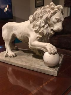 Lion statue Approx 16 l x 12 x 8.5 d (2 available
