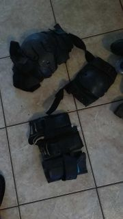 Rollerblade hand and knee pads