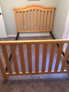 Delta 5 -in- 1 Convertible Crib/Double Bed