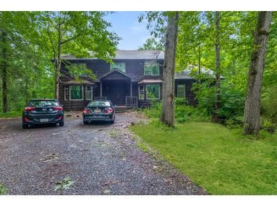 5 Bed 3.5 Bath Foreclosure Property in West Nyack, NY 10994 - Castle Hill Ln