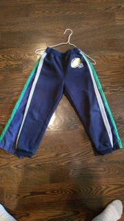 Set of 2 athletic pants size 6