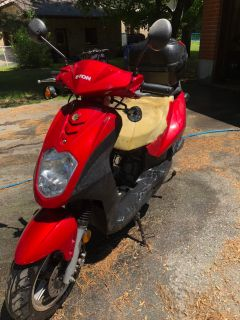 Eton Beamer Scooter (Doesn t run, For parts)
