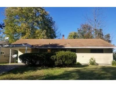 3 Bed 1.5 Bath Foreclosure Property in Cincinnati, OH 45231 - Desoto Dr