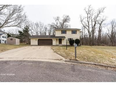 3 Bed 2 Bath Foreclosure Property in East Peoria, IL 61611 - Edgewild Ct