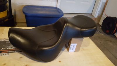 Motorcycle Seat, fits softtail. Off an 01