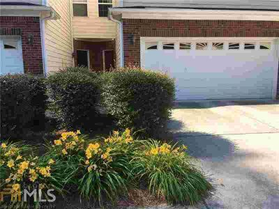1017 Ivydale Cir LAWRENCEVILLE Two BR, Townhome in A+ condition