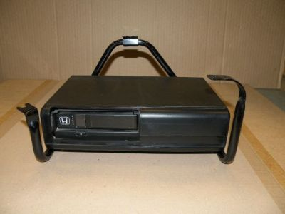 Sell #6934 1994-1995 ACCORD CIVIC PRELUDE ODYSSEY 6 DISC CD CHANGER 08A06-141-420 motorcycle in Indianapolis, Indiana, United States, for US $29.99