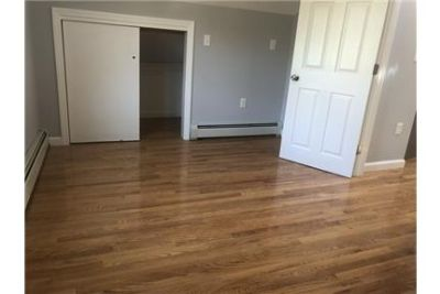 2 bedrooms Apartment in Quiet Building - Providence