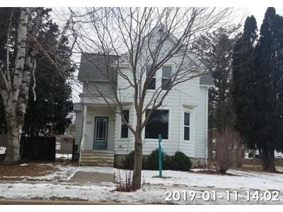 4 Bed 2 Bath Foreclosure Property in Ripon, WI 54971 - Metomen St