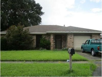 3 Bed 2 Bath Foreclosure Property in Marrero, LA 70072 - Ross Ln