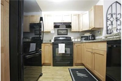 2 bedrooms Apartment - Convenient to Worcester, Boston.