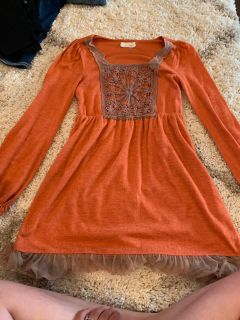 Size SMALL boutique top/dress