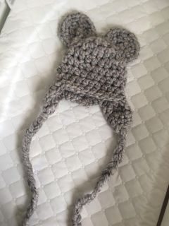 Newborn hat for pictures