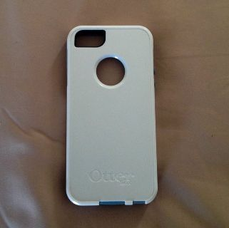 OtterBox Defender Series Cover for iPhone 5 -White