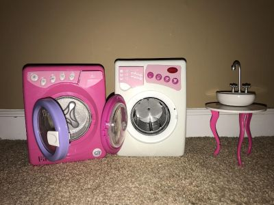 American girl size washer dryer and sink vanity $8