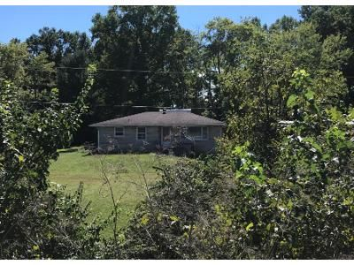 3 Bed 1 Bath Preforeclosure Property in Bloomington, IN 47403 - W Bloomfield Rd