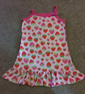 Carters size 5 nightgown