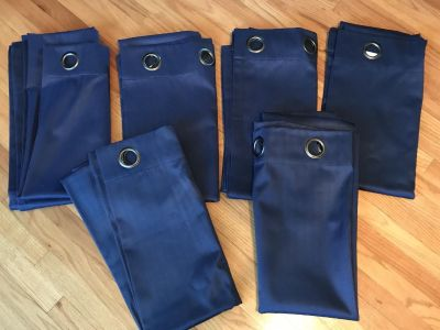 Linden Street 84 Room darkening Energy saver drapes / Curtains Grommet top. Navy blue I have 6 panels 40 x 84 PRICE FOR ALL