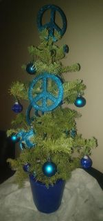 Fresh cut potted and decorated table top trees w/lights