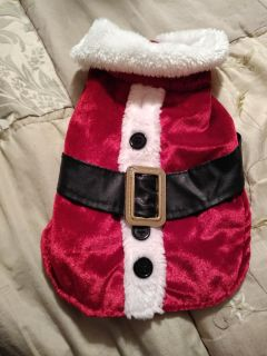 Snall dog 5-10 lbs about santa outfit