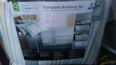 Queen Complete Bedding Set plus Curtains