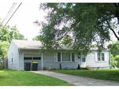 3 Bed 1 Bath Foreclosure Property in Overland Park, KS 66212 - W 85th St