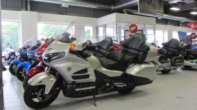 2016 Honda Gold Wing Audio Comfort Touring Motorcycles Kaukauna, WI