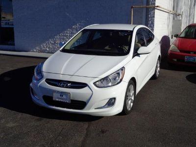 2012 Hyundai Accent GLS (Century White)