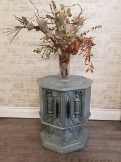 ~SIDE TABLE~