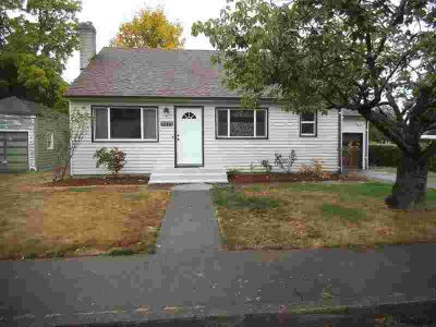 3375 Duncan Av NE Salem Four BR, 50's Charmer waiting for you!