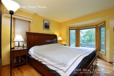 4 bedroom in Edina
