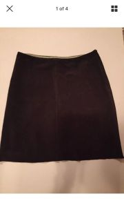 J Crew suede leather skirt. Excellent. Meet or ppu in Gallatin. Size 2