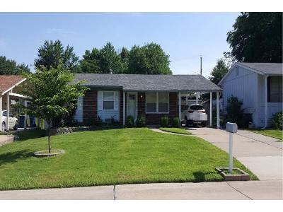 3 Bed 2 Bath Preforeclosure Property in Maryland Heights, MO 63043 - Glenmar Dr