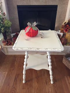 Antique Country White Distressed Table
