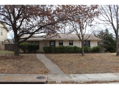 3 Bed 2 Bath Preforeclosure Property in Duncanville, TX 75116 - Merribrook Trl