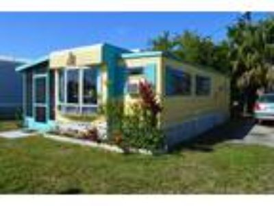 Mobile Home Fully Furnished. Remodeled. Very Clean. Bright and Cheery.