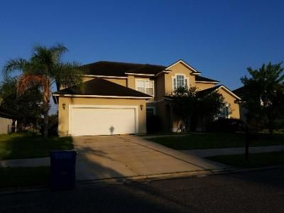 5 Bed 3.5 Bath Preforeclosure Property in Jacksonville, FL 32226 - Fish Eagle Dr E
