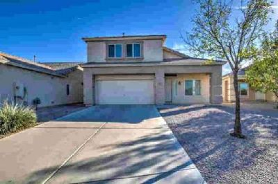 817 W SPRUELL Avenue Coolidge Three BR, This move-in ready home